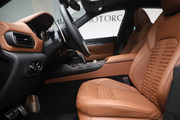 New 2021 Maserati Levante S Q4 GranSport for sale Call for price at Rolls-Royce Motor Cars Greenwich in Greenwich CT 06830 16