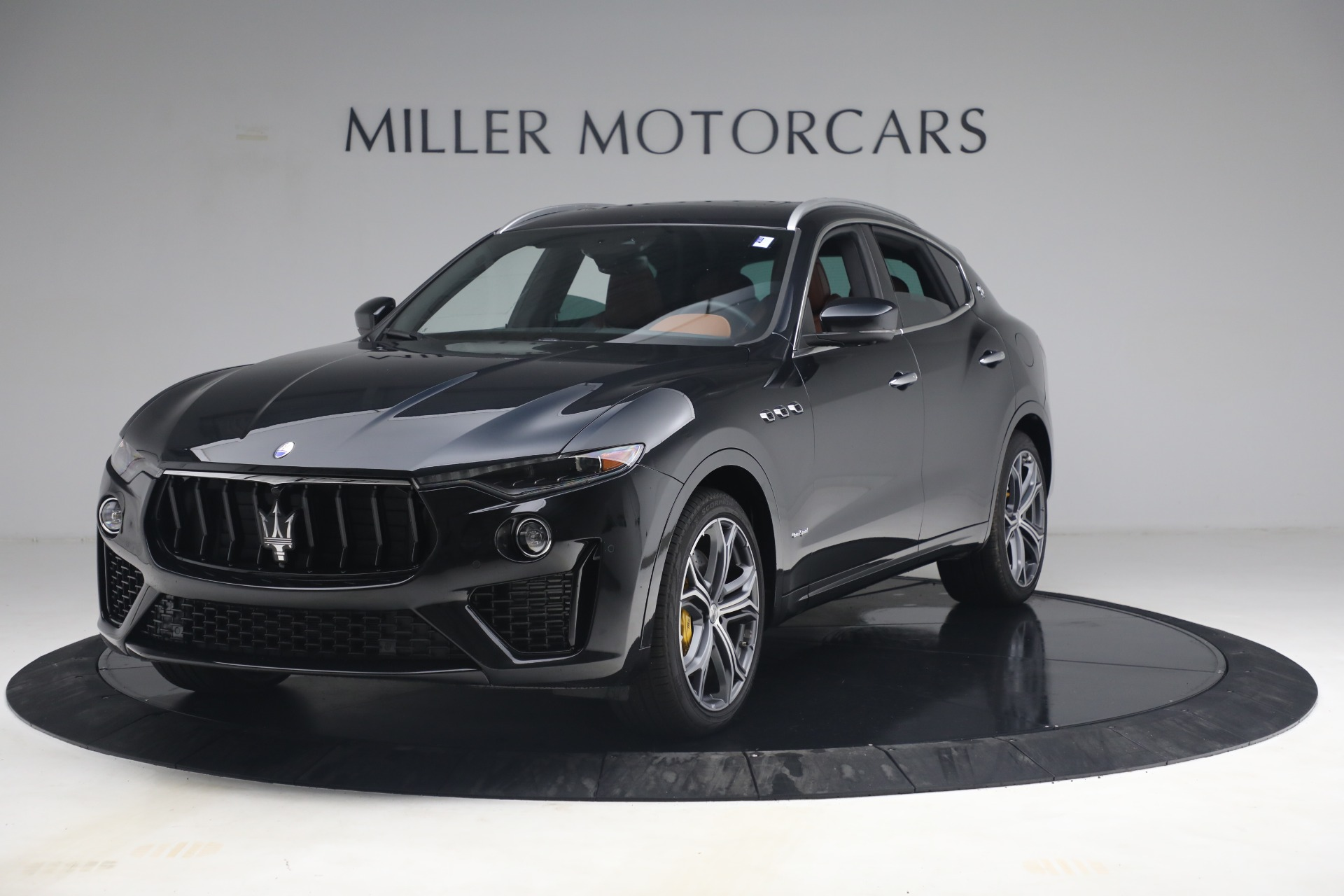 New 2021 Maserati Levante S Q4 GranSport for sale $107,699 at Rolls-Royce Motor Cars Greenwich in Greenwich CT 06830 1