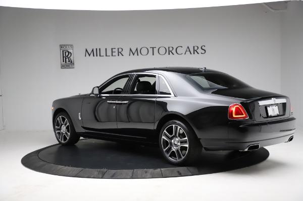 Used 2017 Rolls-Royce Ghost for sale $209,900 at Rolls-Royce Motor Cars Greenwich in Greenwich CT 06830 7