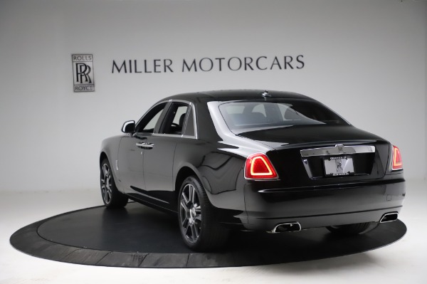 Used 2017 Rolls-Royce Ghost for sale $209,900 at Rolls-Royce Motor Cars Greenwich in Greenwich CT 06830 8