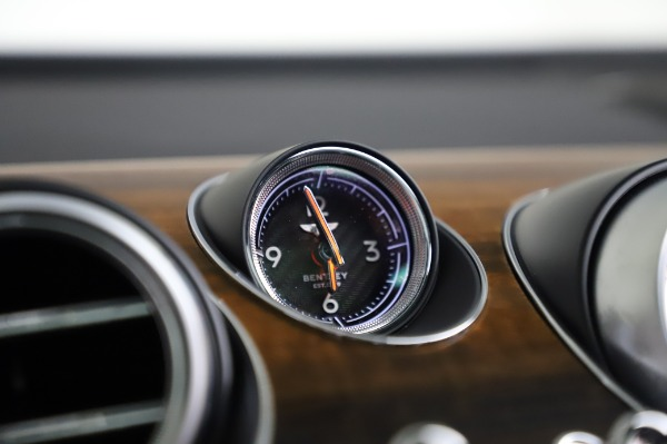 Used 2018 Bentley Bentayga Onyx Edition for sale $146,900 at Rolls-Royce Motor Cars Greenwich in Greenwich CT 06830 24