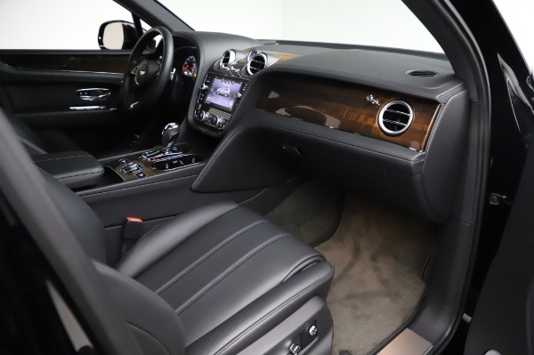 Used 2018 Bentley Bentayga Onyx Edition for sale $146,900 at Rolls-Royce Motor Cars Greenwich in Greenwich CT 06830 25