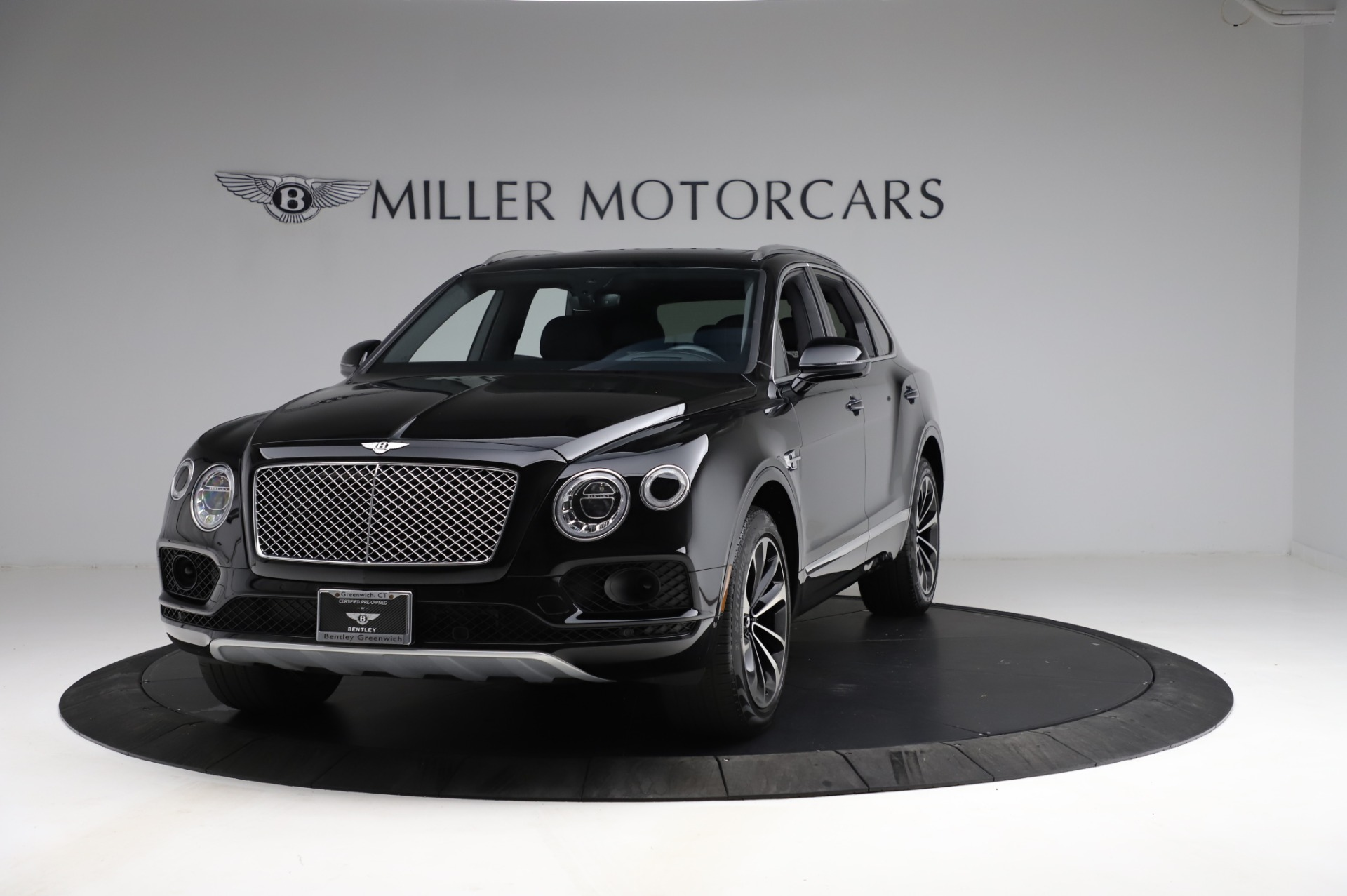 Used 2018 Bentley Bentayga Onyx Edition for sale $146,900 at Rolls-Royce Motor Cars Greenwich in Greenwich CT 06830 1