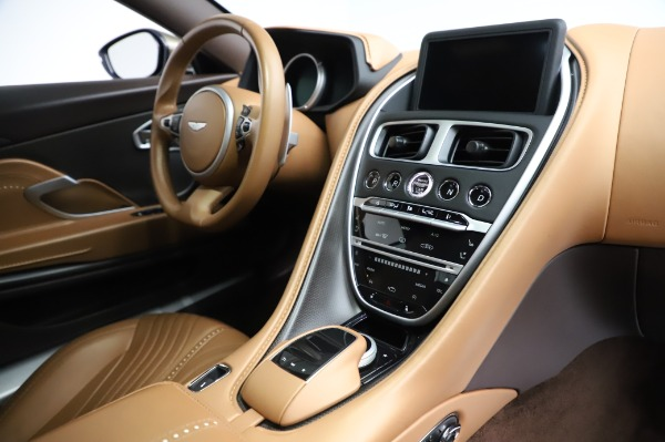 Used 2018 Aston Martin DB11 V8 for sale $151,900 at Rolls-Royce Motor Cars Greenwich in Greenwich CT 06830 19