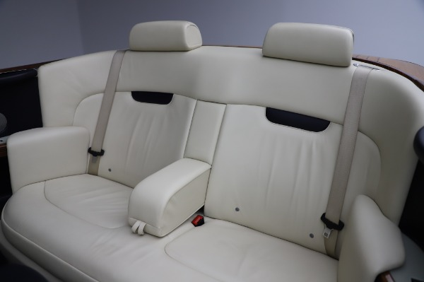 Used 2009 Rolls-Royce Phantom Drophead Coupe for sale $225,900 at Rolls-Royce Motor Cars Greenwich in Greenwich CT 06830 23