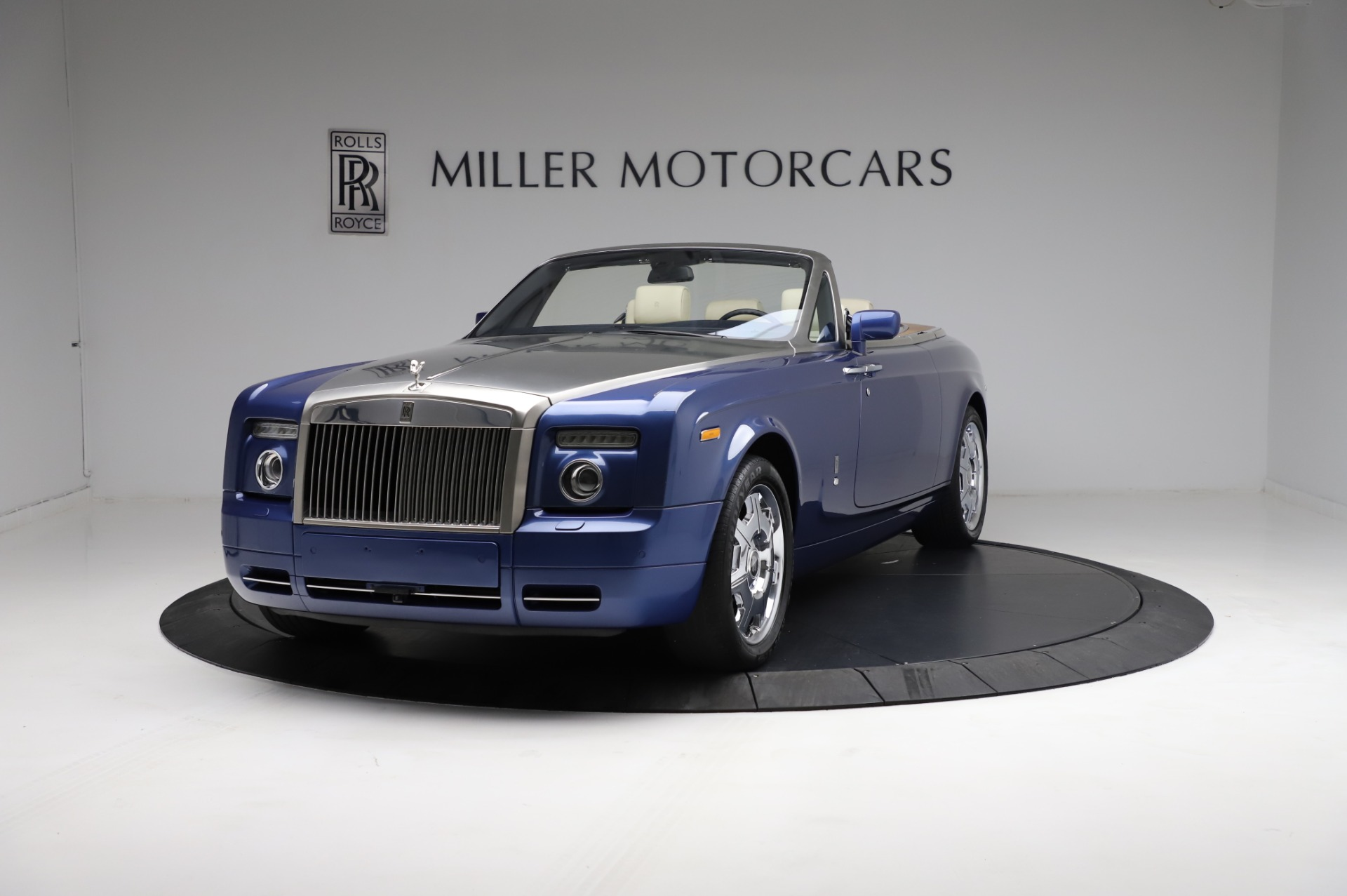 Used 2009 Rolls-Royce Phantom Drophead Coupe for sale $225,900 at Rolls-Royce Motor Cars Greenwich in Greenwich CT 06830 1