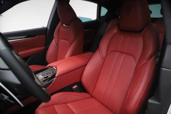 New 2021 Maserati Levante Q4 GranSport for sale $92,485 at Rolls-Royce Motor Cars Greenwich in Greenwich CT 06830 16