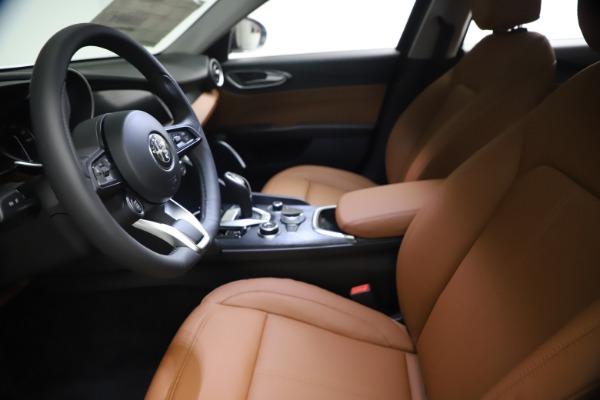 New 2021 Alfa Romeo Giulia Q4 for sale $48,535 at Rolls-Royce Motor Cars Greenwich in Greenwich CT 06830 15