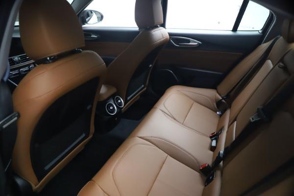 New 2021 Alfa Romeo Giulia Q4 for sale $48,535 at Rolls-Royce Motor Cars Greenwich in Greenwich CT 06830 19