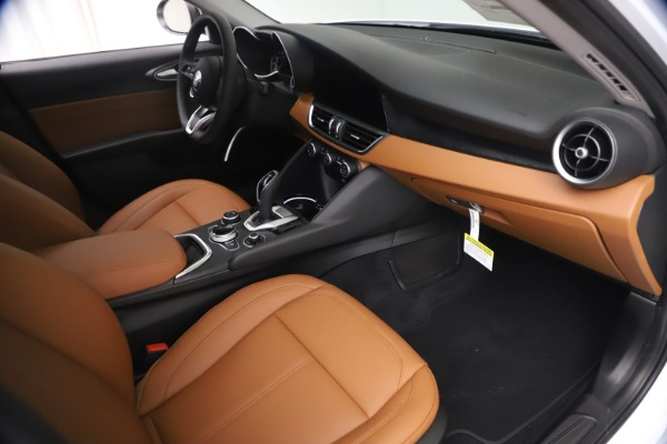 New 2021 Alfa Romeo Giulia Q4 for sale $48,535 at Rolls-Royce Motor Cars Greenwich in Greenwich CT 06830 22