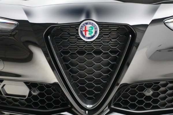New 2021 Alfa Romeo Giulia Q4 for sale $48,535 at Rolls-Royce Motor Cars Greenwich in Greenwich CT 06830 13