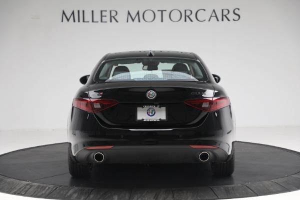 New 2021 Alfa Romeo Giulia Q4 for sale $48,535 at Rolls-Royce Motor Cars Greenwich in Greenwich CT 06830 6