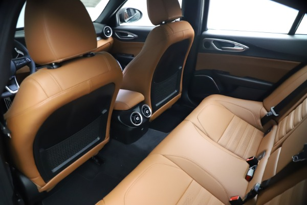 New 2021 Alfa Romeo Giulia Ti Sport Q4 for sale $54,050 at Rolls-Royce Motor Cars Greenwich in Greenwich CT 06830 18