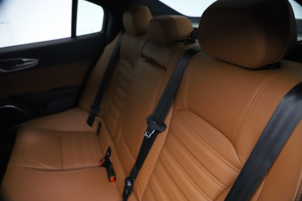 New 2021 Alfa Romeo Giulia Ti Sport Q4 for sale $54,050 at Rolls-Royce Motor Cars Greenwich in Greenwich CT 06830 20