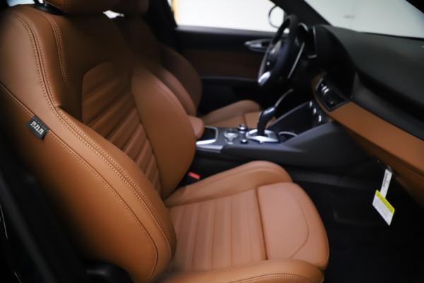 New 2021 Alfa Romeo Giulia Ti Sport Q4 for sale $54,050 at Rolls-Royce Motor Cars Greenwich in Greenwich CT 06830 23