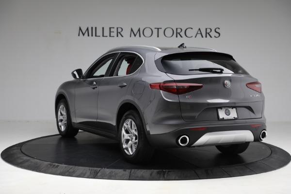 New 2021 Alfa Romeo Stelvio Q4 for sale $50,445 at Rolls-Royce Motor Cars Greenwich in Greenwich CT 06830 5