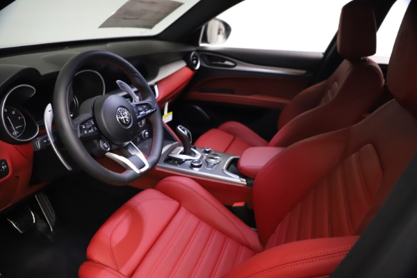 New 2021 Alfa Romeo Stelvio Ti Sport Q4 for sale $57,200 at Rolls-Royce Motor Cars Greenwich in Greenwich CT 06830 14