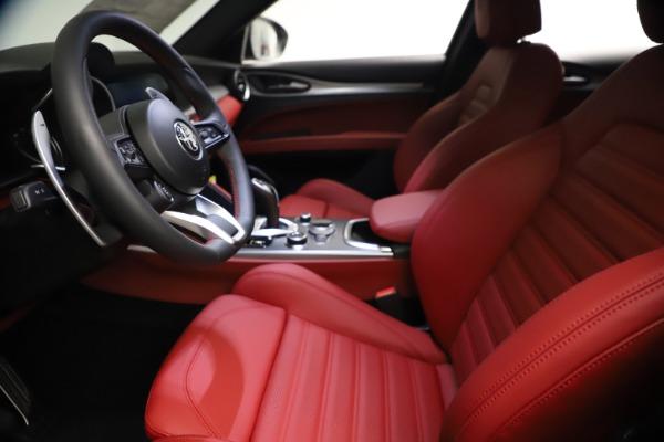 New 2021 Alfa Romeo Stelvio Ti Sport Q4 for sale $57,200 at Rolls-Royce Motor Cars Greenwich in Greenwich CT 06830 15