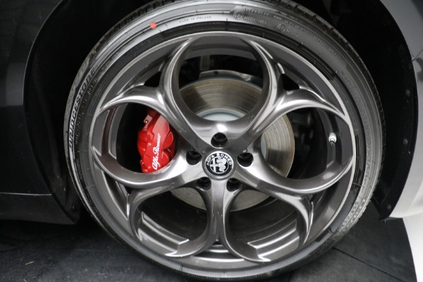 New 2021 Alfa Romeo Giulia Ti Sport Q4 for sale $54,050 at Rolls-Royce Motor Cars Greenwich in Greenwich CT 06830 24