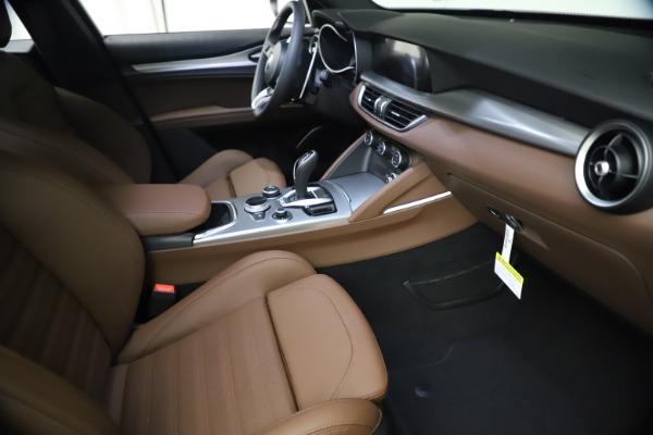New 2021 Alfa Romeo Stelvio Ti Sport Q4 for sale $55,700 at Rolls-Royce Motor Cars Greenwich in Greenwich CT 06830 20