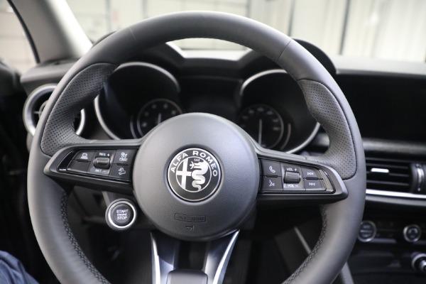 New 2021 Alfa Romeo Stelvio Q4 for sale $50,445 at Rolls-Royce Motor Cars Greenwich in Greenwich CT 06830 17