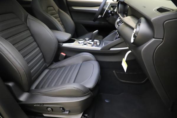 New 2021 Alfa Romeo Stelvio Ti Sport Q4 for sale $57,200 at Rolls-Royce Motor Cars Greenwich in Greenwich CT 06830 25