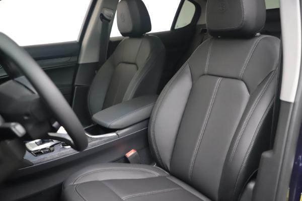 New 2021 Alfa Romeo Stelvio Q4 for sale $49,945 at Rolls-Royce Motor Cars Greenwich in Greenwich CT 06830 13