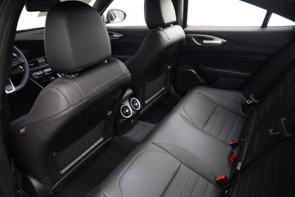 New 2021 Alfa Romeo Giulia Ti Sport Q4 for sale $53,050 at Rolls-Royce Motor Cars Greenwich in Greenwich CT 06830 15