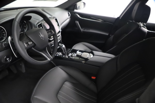 New 2021 Maserati Ghibli S Q4 for sale Call for price at Rolls-Royce Motor Cars Greenwich in Greenwich CT 06830 17