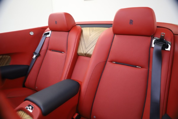 Used 2016 Rolls-Royce Dawn for sale $269,900 at Rolls-Royce Motor Cars Greenwich in Greenwich CT 06830 22