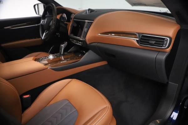 New 2021 Maserati Levante Q4 GranLusso for sale $93,385 at Rolls-Royce Motor Cars Greenwich in Greenwich CT 06830 21