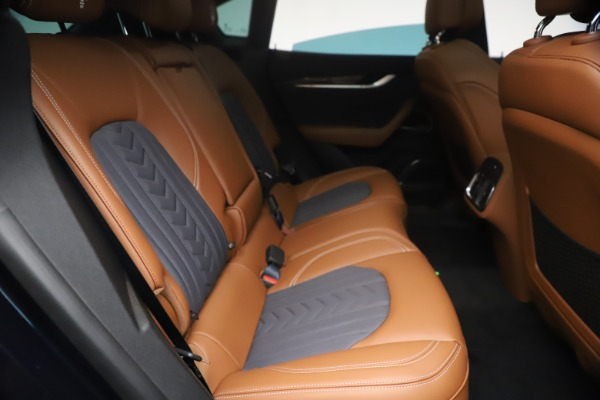New 2021 Maserati Levante Q4 GranLusso for sale $93,385 at Rolls-Royce Motor Cars Greenwich in Greenwich CT 06830 24