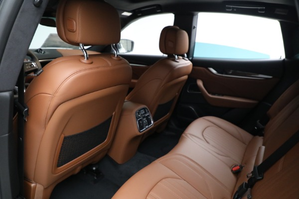 New 2021 Maserati Levante Q4 GranLusso for sale $89,735 at Rolls-Royce Motor Cars Greenwich in Greenwich CT 06830 18