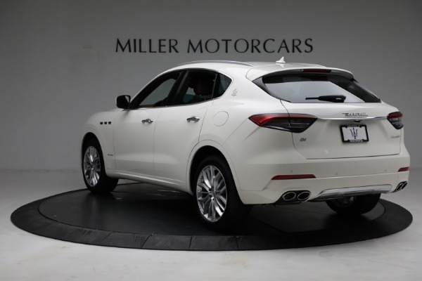 New 2021 Maserati Levante Q4 GranLusso for sale $89,735 at Rolls-Royce Motor Cars Greenwich in Greenwich CT 06830 5