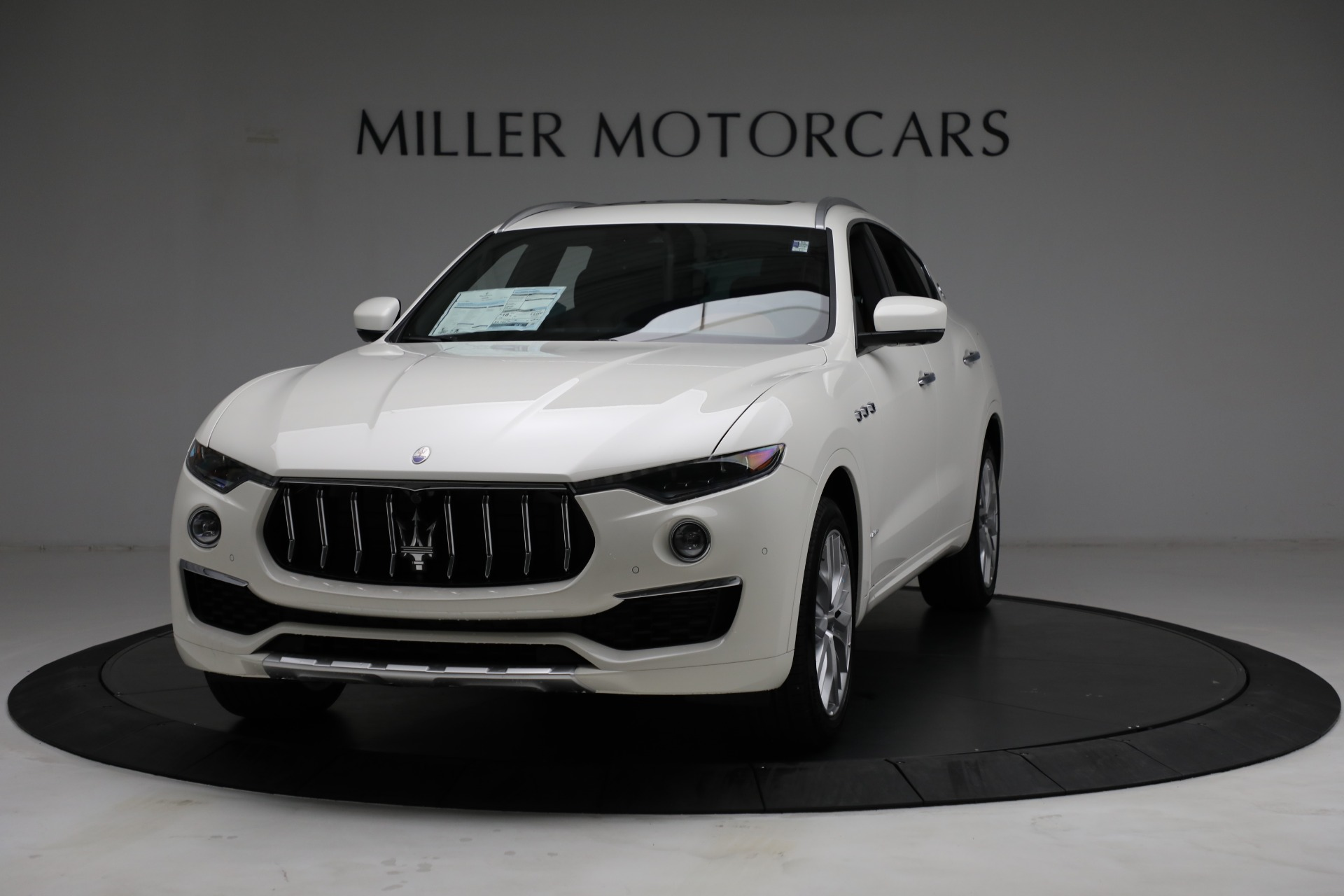 New 2021 Maserati Levante Q4 GranLusso for sale $89,735 at Rolls-Royce Motor Cars Greenwich in Greenwich CT 06830 1