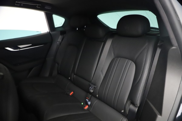 New 2021 Maserati Levante Q4 for sale Sold at Rolls-Royce Motor Cars Greenwich in Greenwich CT 06830 19