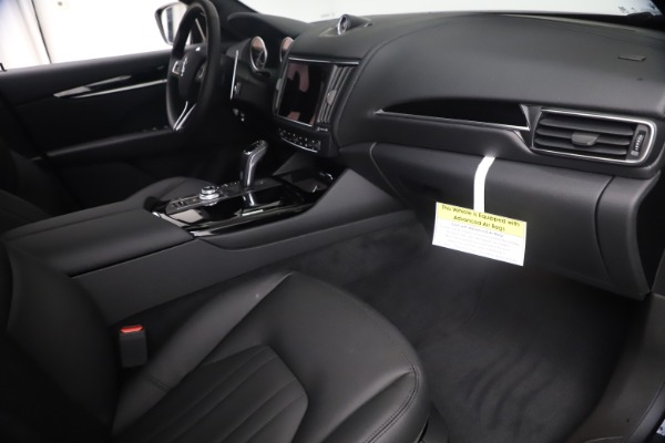 New 2021 Maserati Levante Q4 for sale Sold at Rolls-Royce Motor Cars Greenwich in Greenwich CT 06830 21
