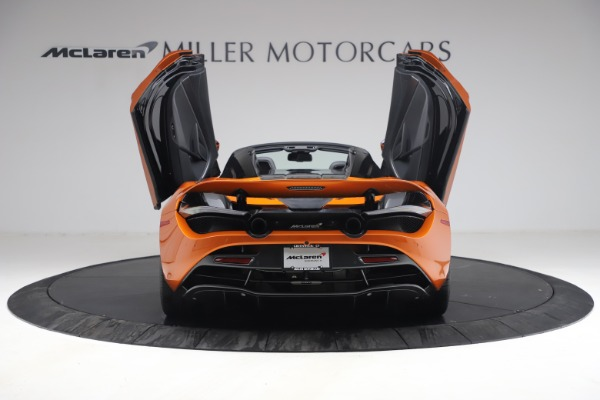 Used 2020 McLaren 720S Spider for sale $335,900 at Rolls-Royce Motor Cars Greenwich in Greenwich CT 06830 18