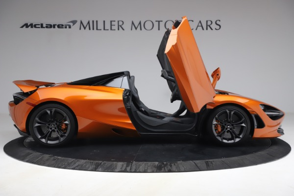Used 2020 McLaren 720S Spider for sale $335,900 at Rolls-Royce Motor Cars Greenwich in Greenwich CT 06830 21