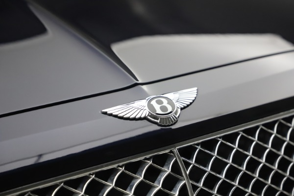 Used 2018 Bentley Bentayga W12 Signature for sale $149,900 at Rolls-Royce Motor Cars Greenwich in Greenwich CT 06830 14