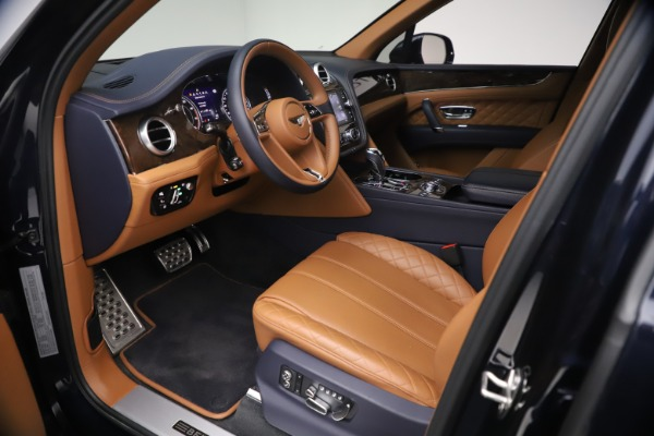 Used 2018 Bentley Bentayga W12 Signature for sale $149,900 at Rolls-Royce Motor Cars Greenwich in Greenwich CT 06830 17