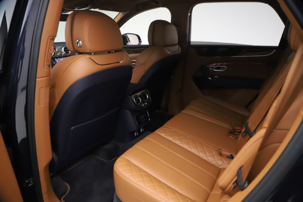 Used 2018 Bentley Bentayga W12 Signature for sale $149,900 at Rolls-Royce Motor Cars Greenwich in Greenwich CT 06830 21
