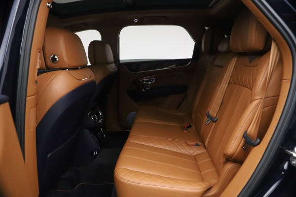 Used 2018 Bentley Bentayga W12 Signature for sale $149,900 at Rolls-Royce Motor Cars Greenwich in Greenwich CT 06830 22