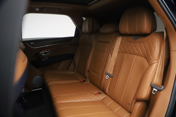 Used 2018 Bentley Bentayga W12 Signature for sale $149,900 at Rolls-Royce Motor Cars Greenwich in Greenwich CT 06830 23