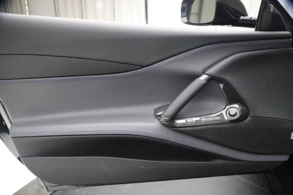 Used 2019 Ferrari 812 Superfast for sale $359,900 at Rolls-Royce Motor Cars Greenwich in Greenwich CT 06830 16