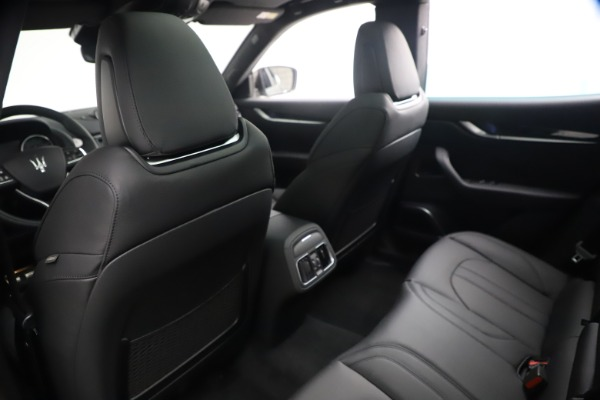 New 2021 Maserati Levante GranSport for sale $73,900 at Rolls-Royce Motor Cars Greenwich in Greenwich CT 06830 18