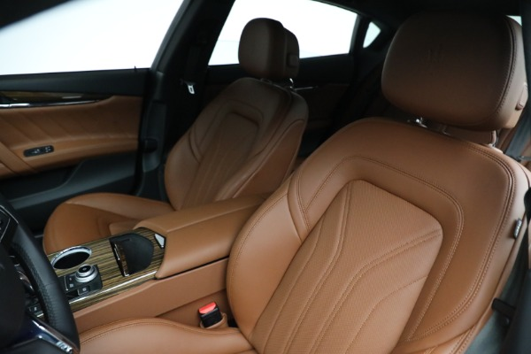 New 2021 Maserati Quattroporte S Q4 for sale Sold at Rolls-Royce Motor Cars Greenwich in Greenwich CT 06830 16