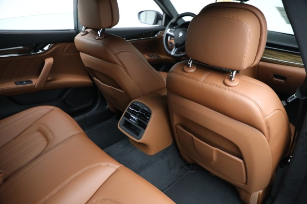 New 2021 Maserati Quattroporte S Q4 for sale Sold at Rolls-Royce Motor Cars Greenwich in Greenwich CT 06830 25
