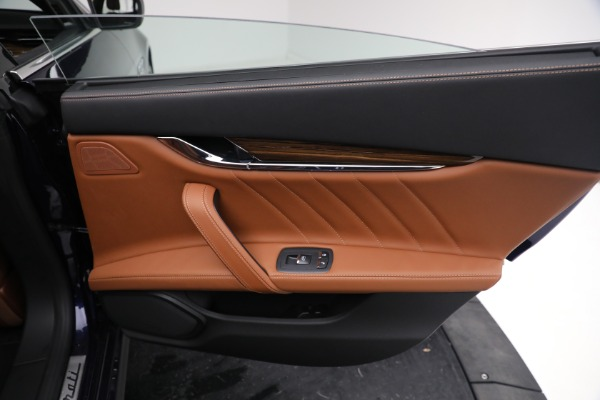 New 2021 Maserati Quattroporte S Q4 for sale Sold at Rolls-Royce Motor Cars Greenwich in Greenwich CT 06830 27