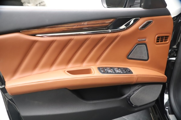 New 2021 Maserati Quattroporte S Q4 GranLusso for sale $129,135 at Rolls-Royce Motor Cars Greenwich in Greenwich CT 06830 16